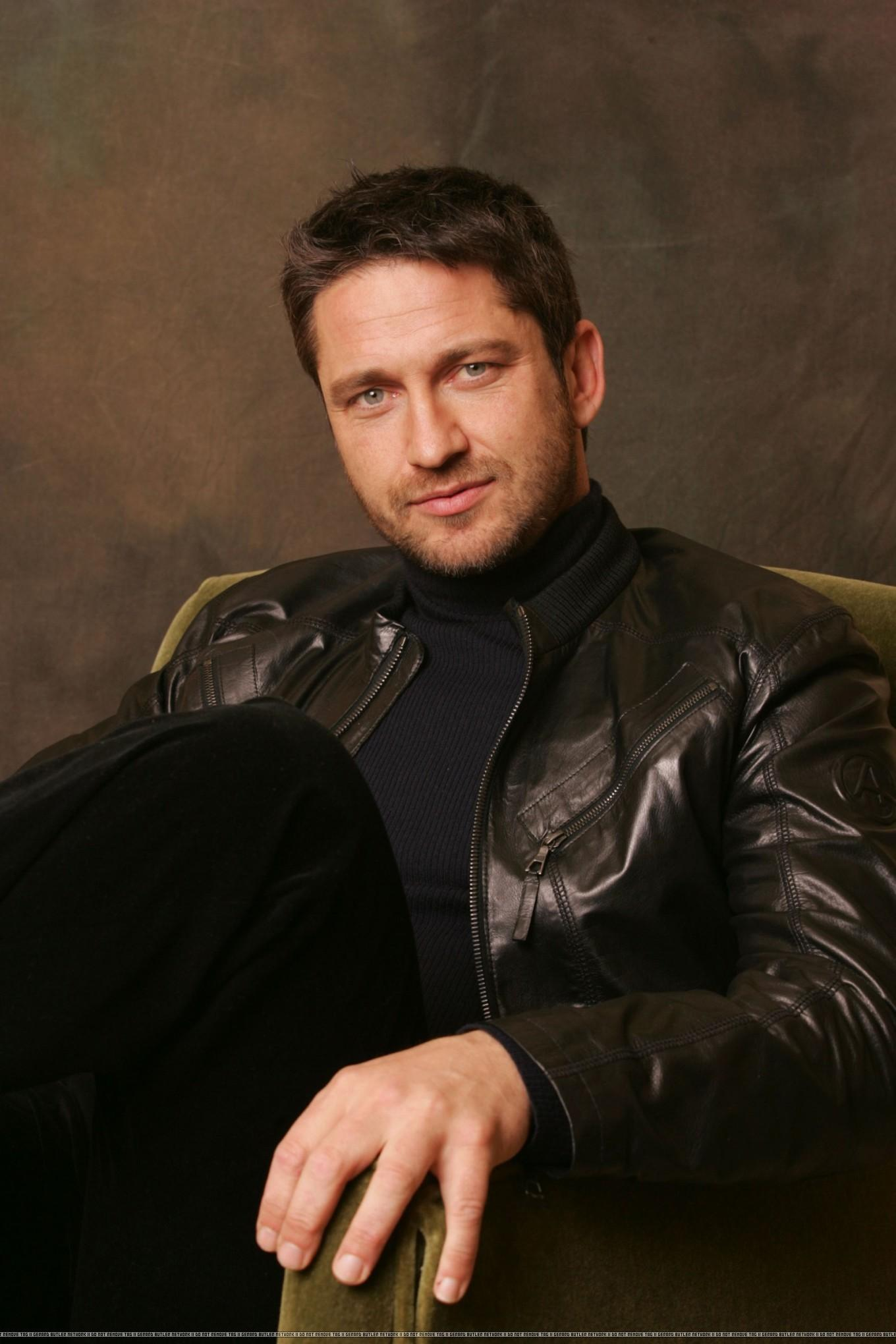 301 Moved Permanently Gerard Butler